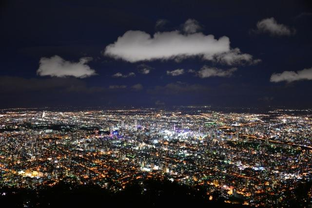 """2. หนึ่งในสามจุดชมวิวยอดเยี่ยมของเมืองฮกไกโด """"หอดูดาวซัปโปโระมอยวะ""""(Mt. Moiwa Observation Platform)"""