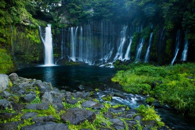 5. น้ำตกชิระอิโตะ [Shiraito Waterfall]